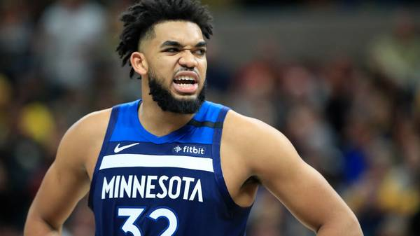 INDIANAPOLIS, INDIANA - JANUARY 17:   Karl Anthony-Towns #32 of the Minnesota Timberwolves against the Indiana Pacers at Bankers Life Fieldhouse on January 17, 2020 in Indianapolis, Indiana.    NOTE TO USER: User expressly acknowledges and agrees that, by downloading and or using this photograph, User is consenting to the terms and conditions of the Getty Images License Agreement. (Photo by Andy Lyons/Getty Images)