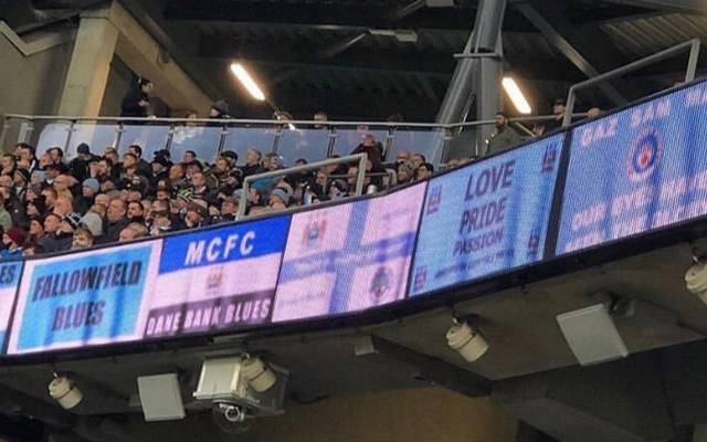 """Im Stadion von Manchester City gibt es die """"Fan-Schals"""" jetzt digital"""