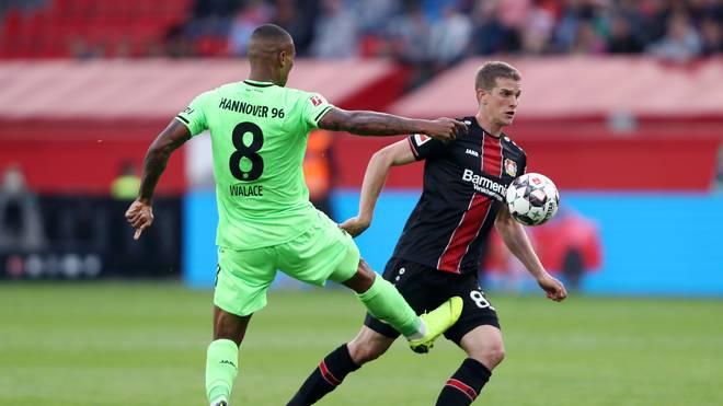 Im Hinspiel rettete Bayer Leverkusen kurz vor Schluss ein Remis gegen Hannover 96