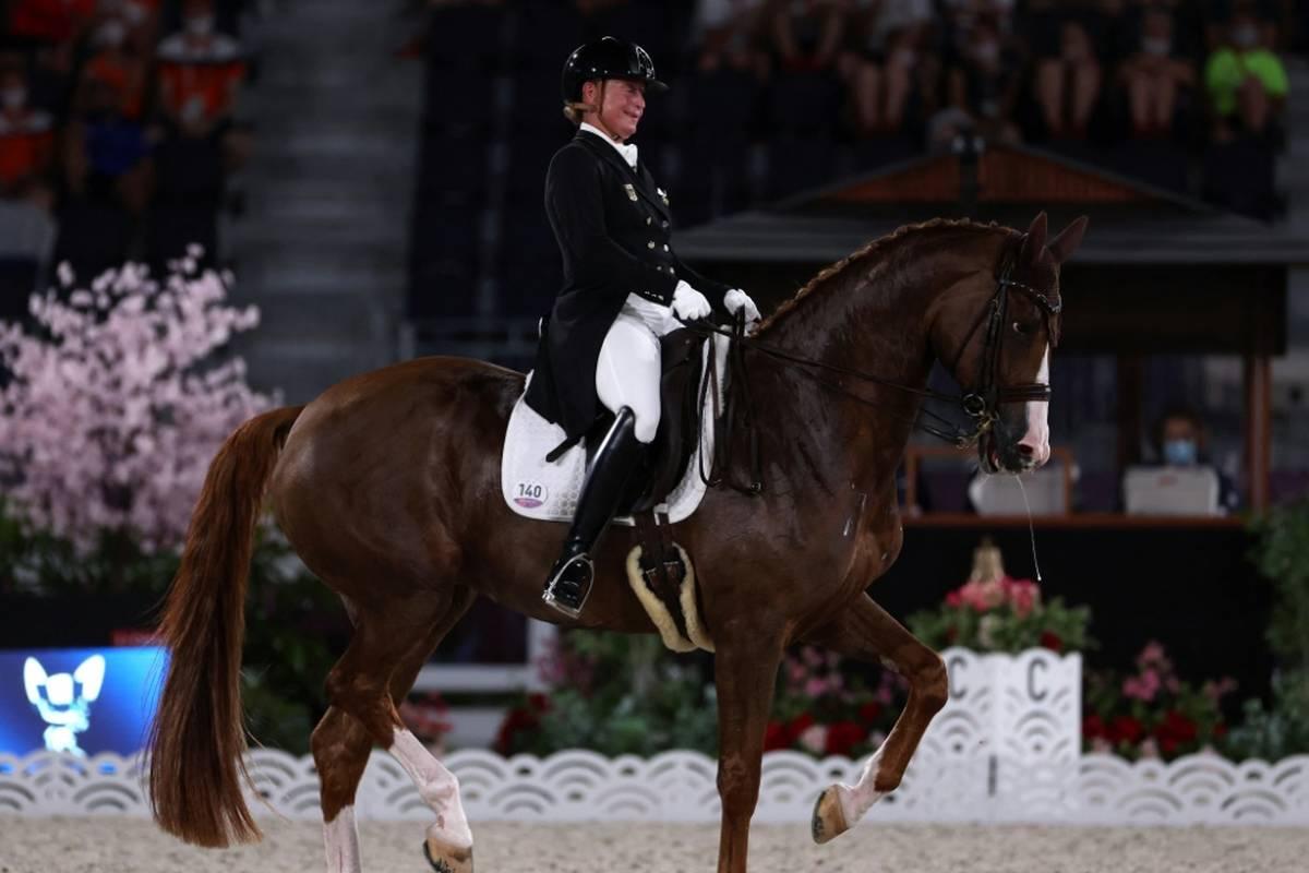 Die siebenmalige Olympiasiegerin Isabell Werth hat zum 14. Mal den Großen Dressurpreis beim CHIO in Aachen gewonnen.