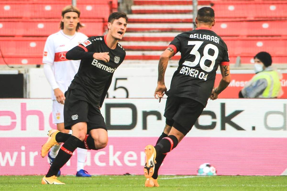 Bayer Leverkusen verspielt nicht nur eine 2:0-Führung im Derby, sondern verliert auch noch zwei Leistungsträger. Nun sind bei Bellarabi und Schick die Diagnosen da.