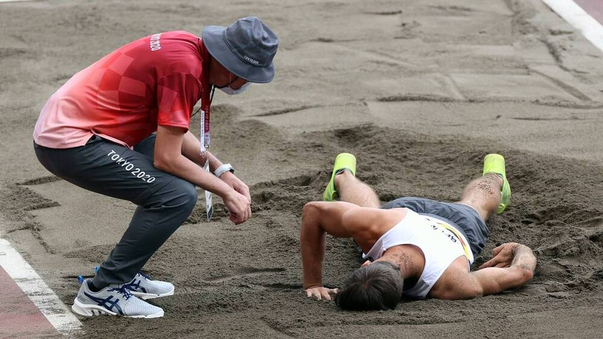 Thomas van der Plaetsen hat sich beim Zehnkampf vermutlich schwer verletzt