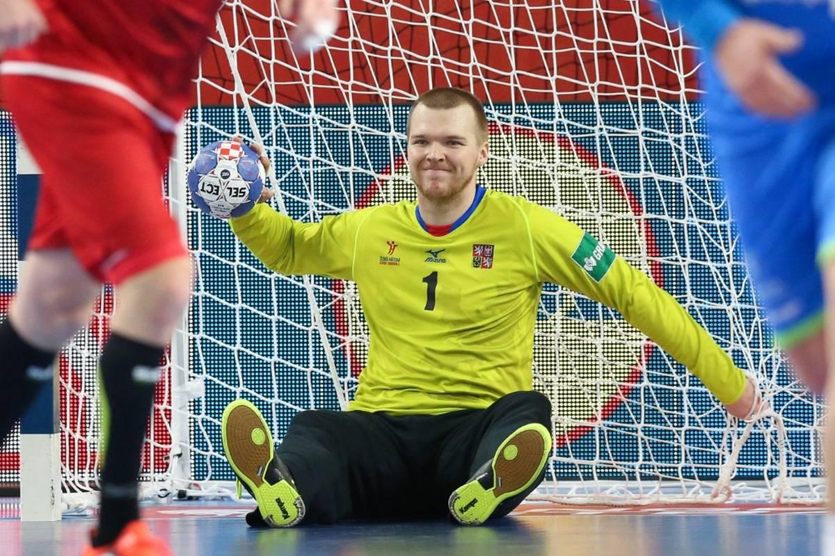 Der THW Kiel hat ab Sommer 2022 einen neuen Keeper. Der tschechische Nationaltorhüter Tomas Mrkva wechselt innerhalb der HBL und ersetzt Dario Quenstedt.