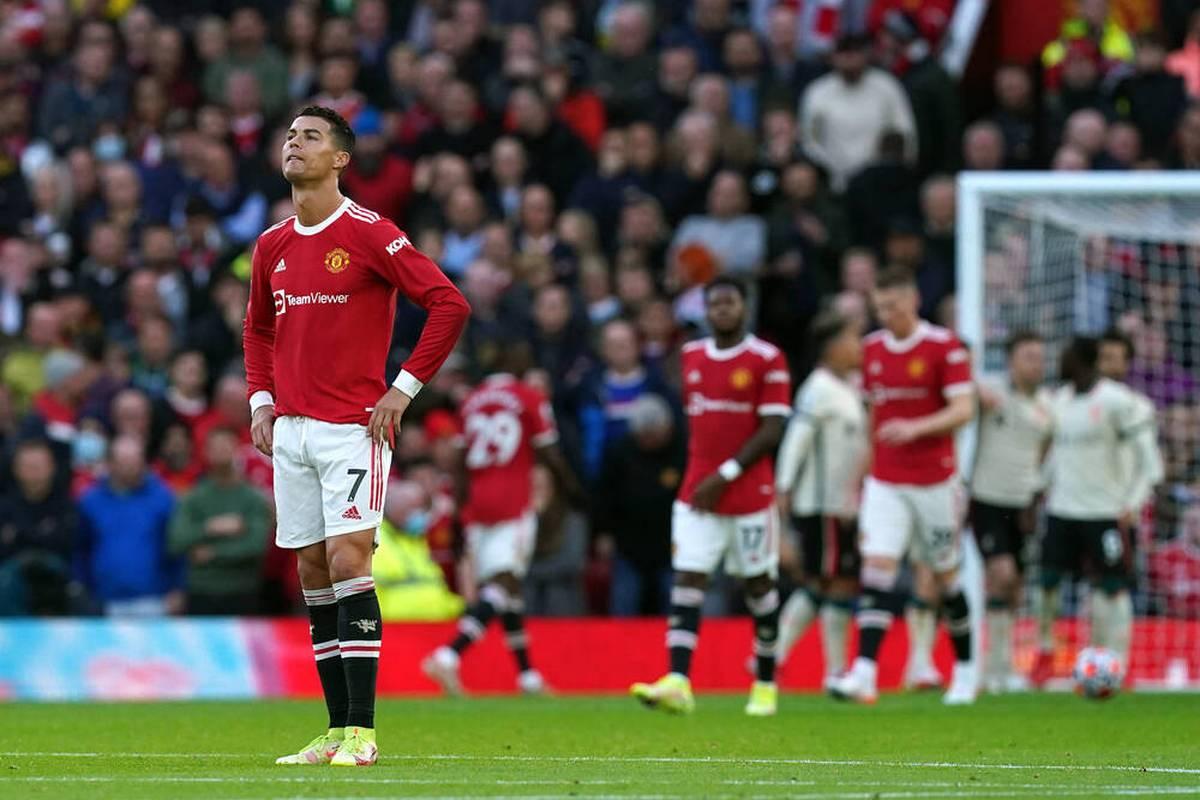 Manchester United liegt im Heimspiel gegen den FC Liverpool zur Halbzeit mit 0:4 zurück. Naby Keita überragt mit zwei Vorlagen und einem Treffer.