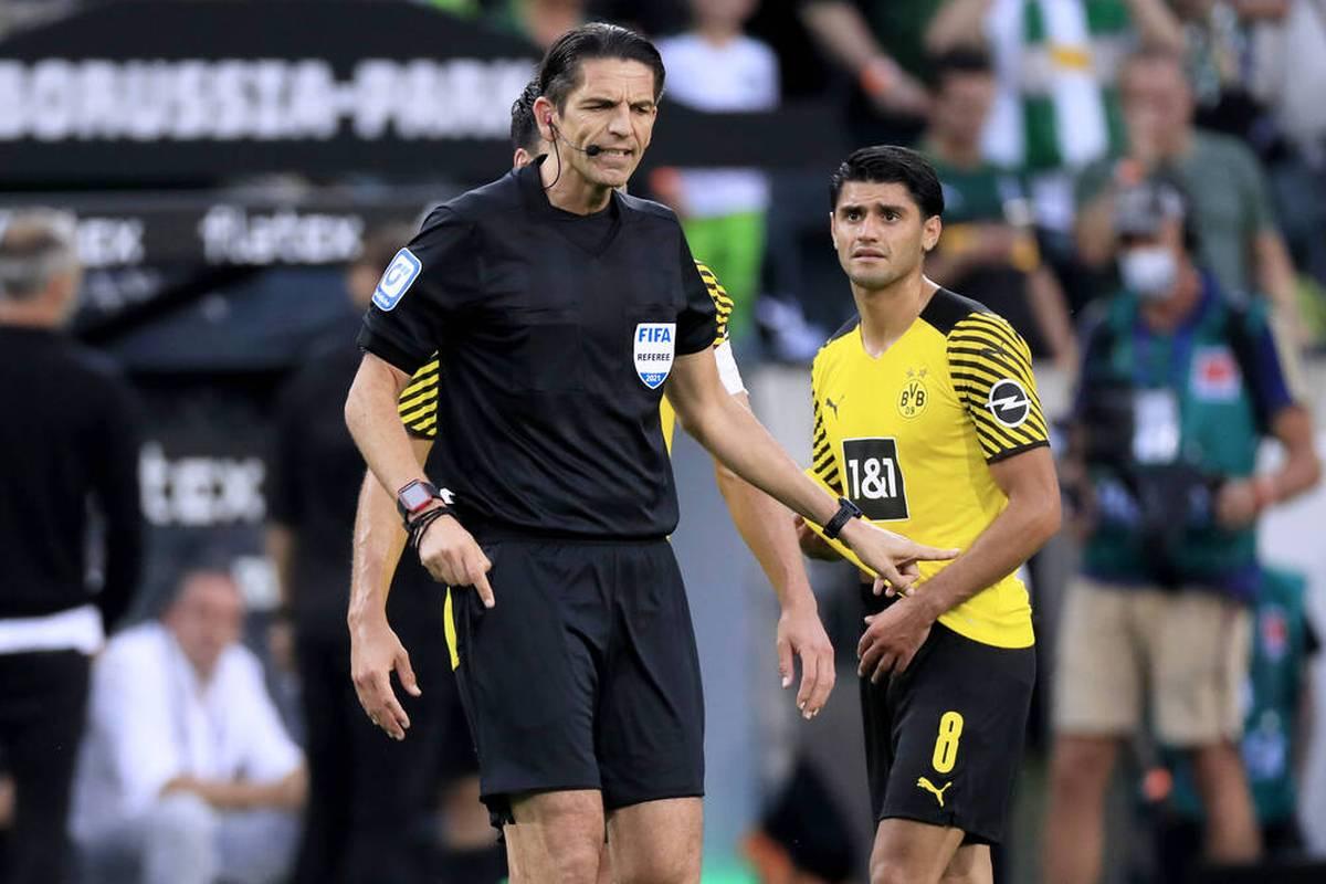 Der Platzverweis von Mahmoud Dahoud im Borussen-Duell erregt die Gemüter immer noch. Nun meldet sich auch Rekordnationalspieler Lothar Matthäus zu Wort.
