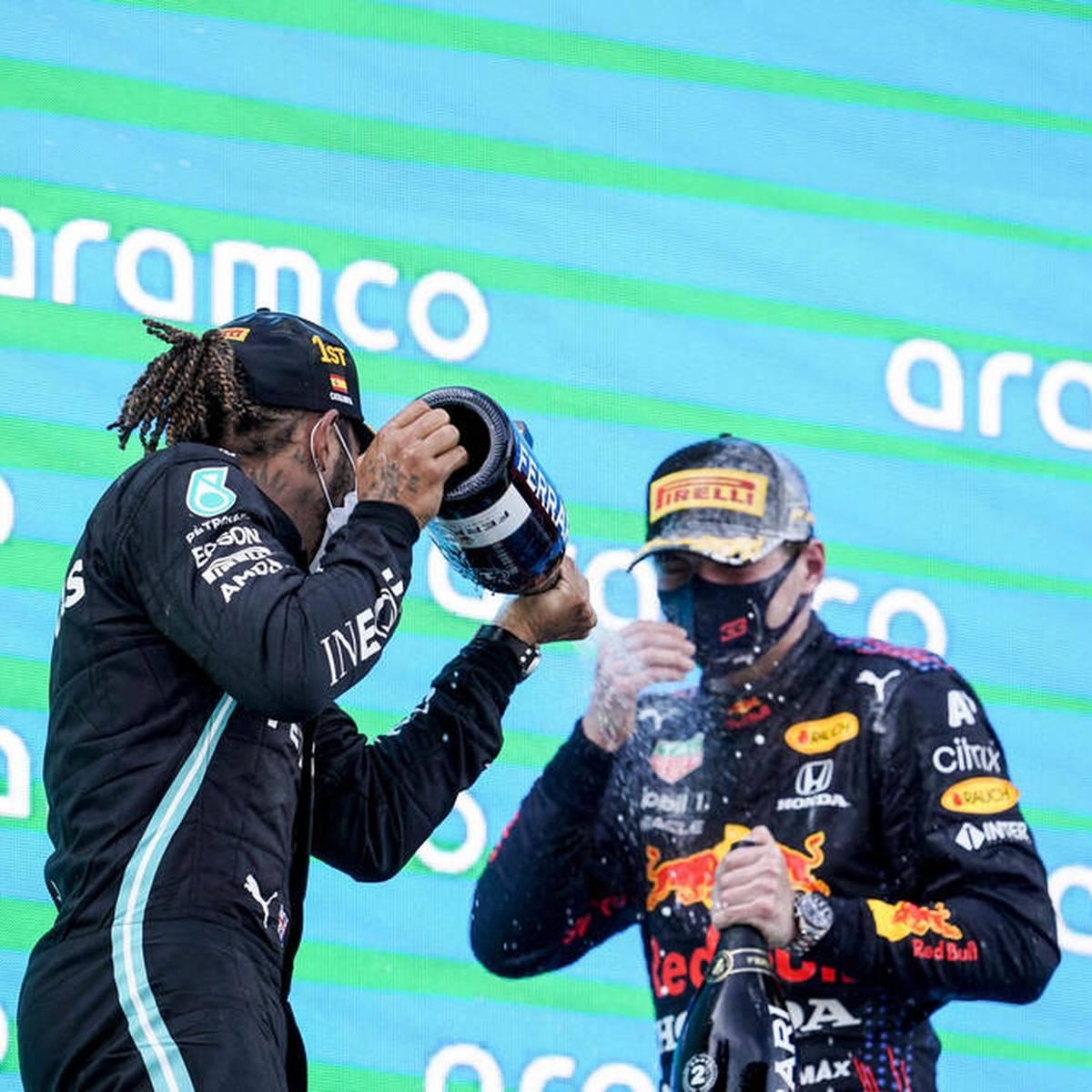 Red Bull patzt: Hamilton macht Verstappen nass