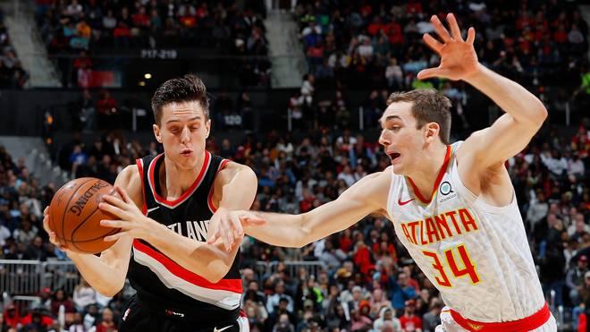 Basketball: ALBA Berlin holt Tyler Cavanaugh, Dennis Clifford geht, Tyler Cavanaugh (links) spielte in der NBA unter anderem für die Atlanta Hawks