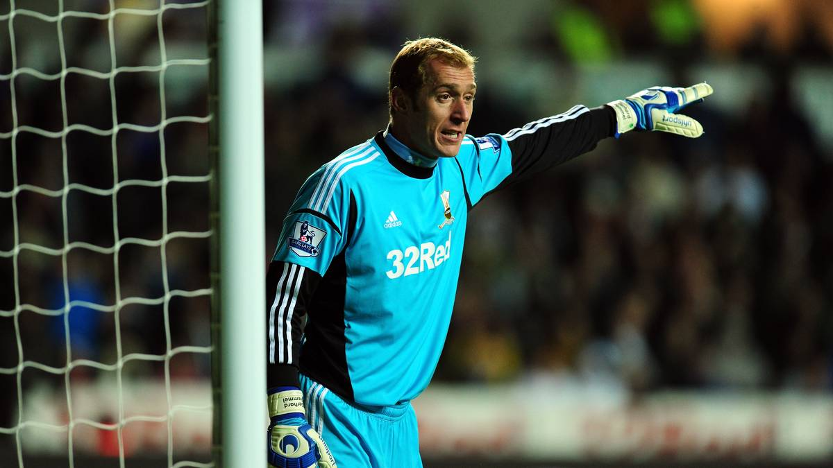 SWANSEA, WALES - NOVEMBER 28:  Swansea keeper Gerhard Tremmel in action during the Barclays Premier League match between Swansea City and West Bromwich Albion at Liberty Stadium on November 28, 2012 in Swansea, Wales.  (Photo by Stu Forster/Getty Images)