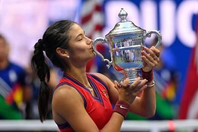 Emma Raducanu sorgt bei den US Open für eine Sensation und wird mit einem hohen Preisgeld belohnt. Die Teenagerin will aber noch reicher werden.