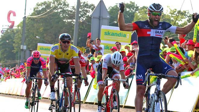 Marcel Kittel (in Gelb) kam auf der zweiten Etappe nicht mehr an Matteo Pelucchi heran