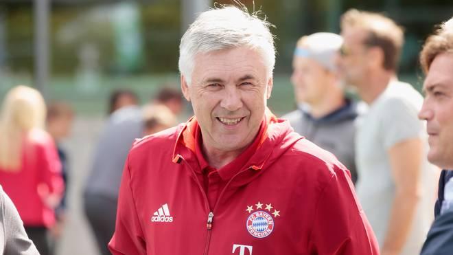 FC Bayern Muenchen New Car Handover