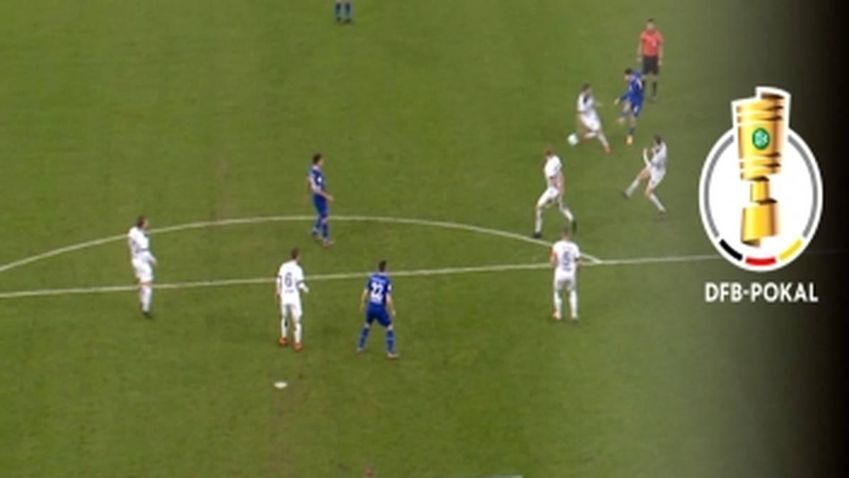 Schalke 04 erreicht gegen Ulm das Achtelfinale des DFB-Pokals. Suat Serdar leitet den Sieg mit einem Traumtor ein.