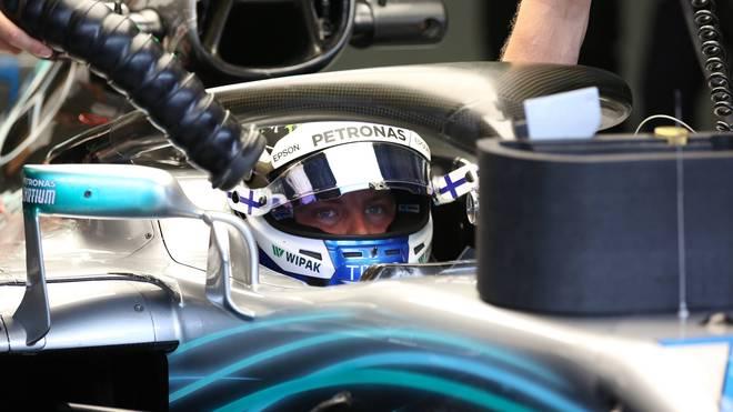 In Österreich sorgen die Rückspiegel von Valtteri Bottas (Bild) und Lewis Hamilton für Aufregung