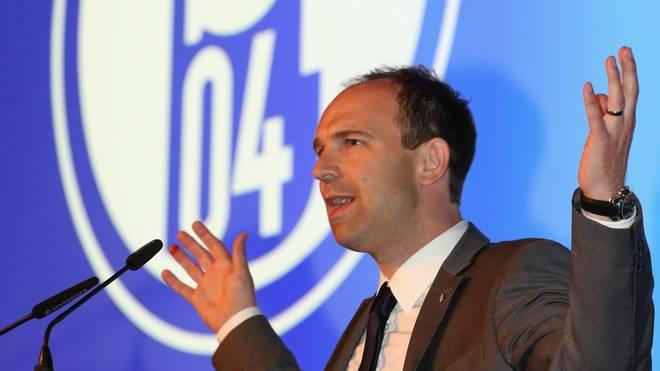 Alexande Jobst vom FC Schalke 04 äußert sich zur Markterweiterung der Bundesliga