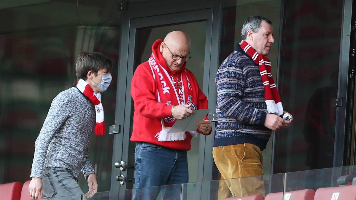 Die FC-Führung um Werner Wolf (r.) macht bei der Besetzung des Medienchefpostens einen Rückzieher
