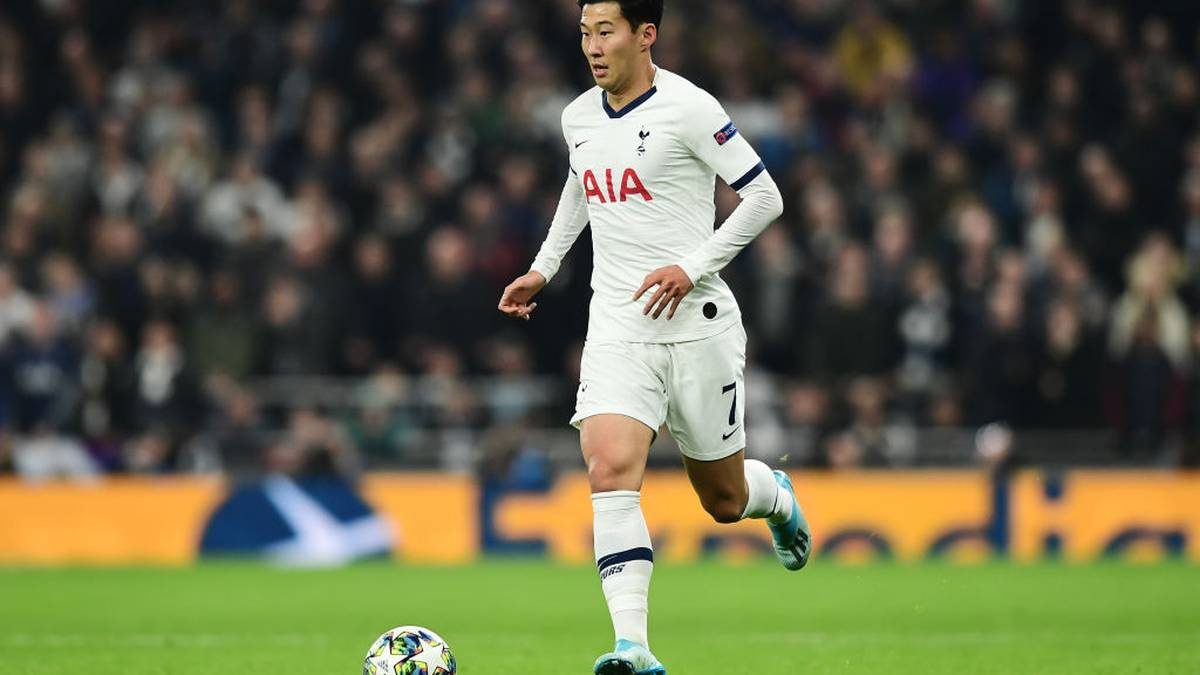 LONDON, ENGLAND - OCTOBER 22: Heung-Min Son of Tottenham Hotspur in action during the UEFA Champions League group B match between Tottenham Hotspur and Crvena Zvezda at Tottenham Hotspur Stadium on October 22, 2019 in London, United Kingdom. (Photo by Alex Broadway/Getty Images)