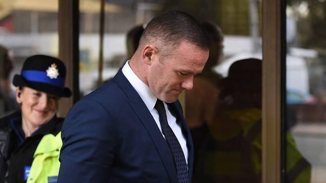 Stürmer Wayne Rooney vom FC Everton muss 100 Stunden Sozialarbeit leisten