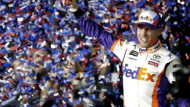 Denny Hamlin führte beim Daytona 500 einen Gibbs-Dreifacherfolg an