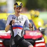 Doping-Verdacht? Tour-Star zeigt beim Sieg provokante Geste