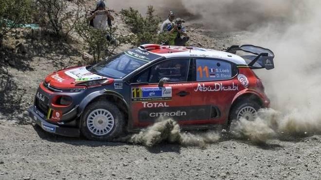 Sebastien Loeb führt die Rallye Mexiko am Sasmtagmittag an