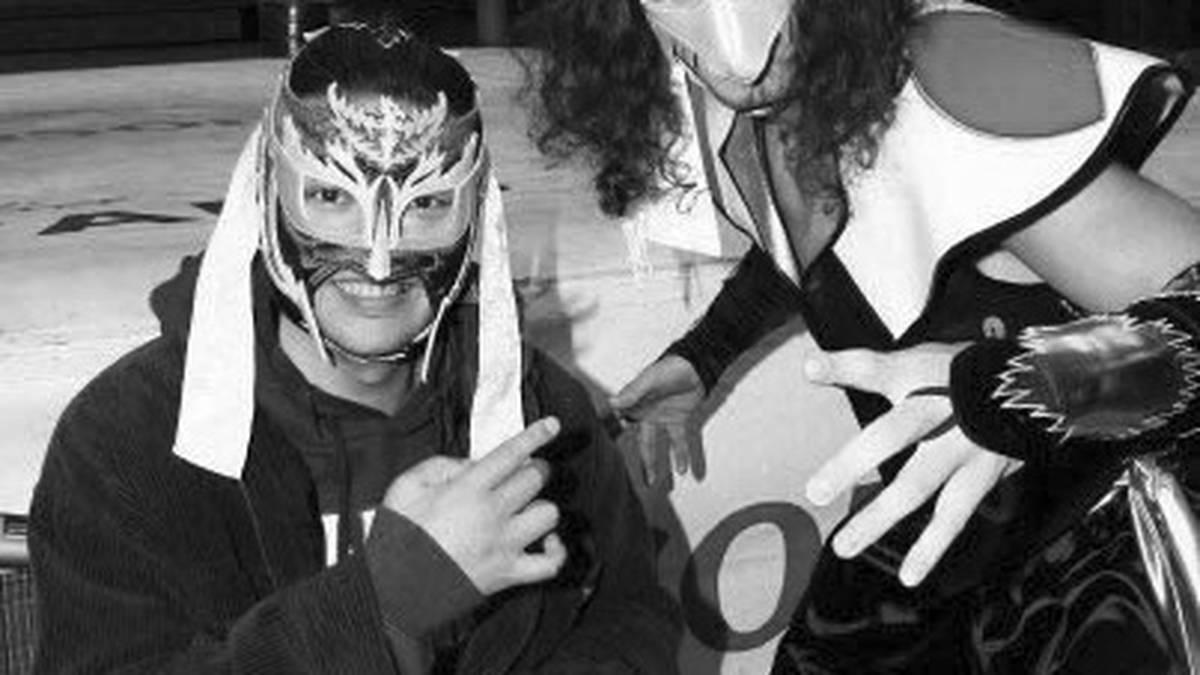 Wrestling-Legende Hayabusa saß seit einem Ringunfall 2001 im Rollstuhl