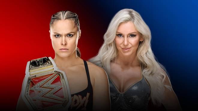 Ronda Rousey (l.) trifft bei den WWE Survivor Series 2018 auf Charlotte Flair
