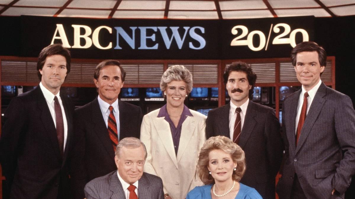 John Stossel (hinten, 2.v.r.) ist in den USA ein renommierter TV-Journalist