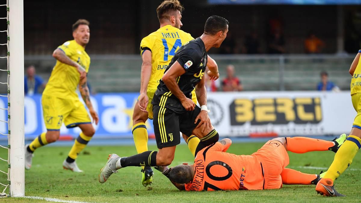 """Nur ein """"Treffer"""" beim Debüt: Ronaldo knockt Keeper aus"""