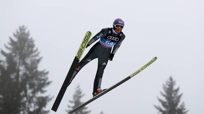 Andreas Wellinger landete bei der Qualifikation für das Springen in Lahti auf Rang sieben