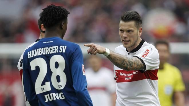 Gideon Jung (l.) und Daniel Ginczek gerieten in Stuttgart aneinander