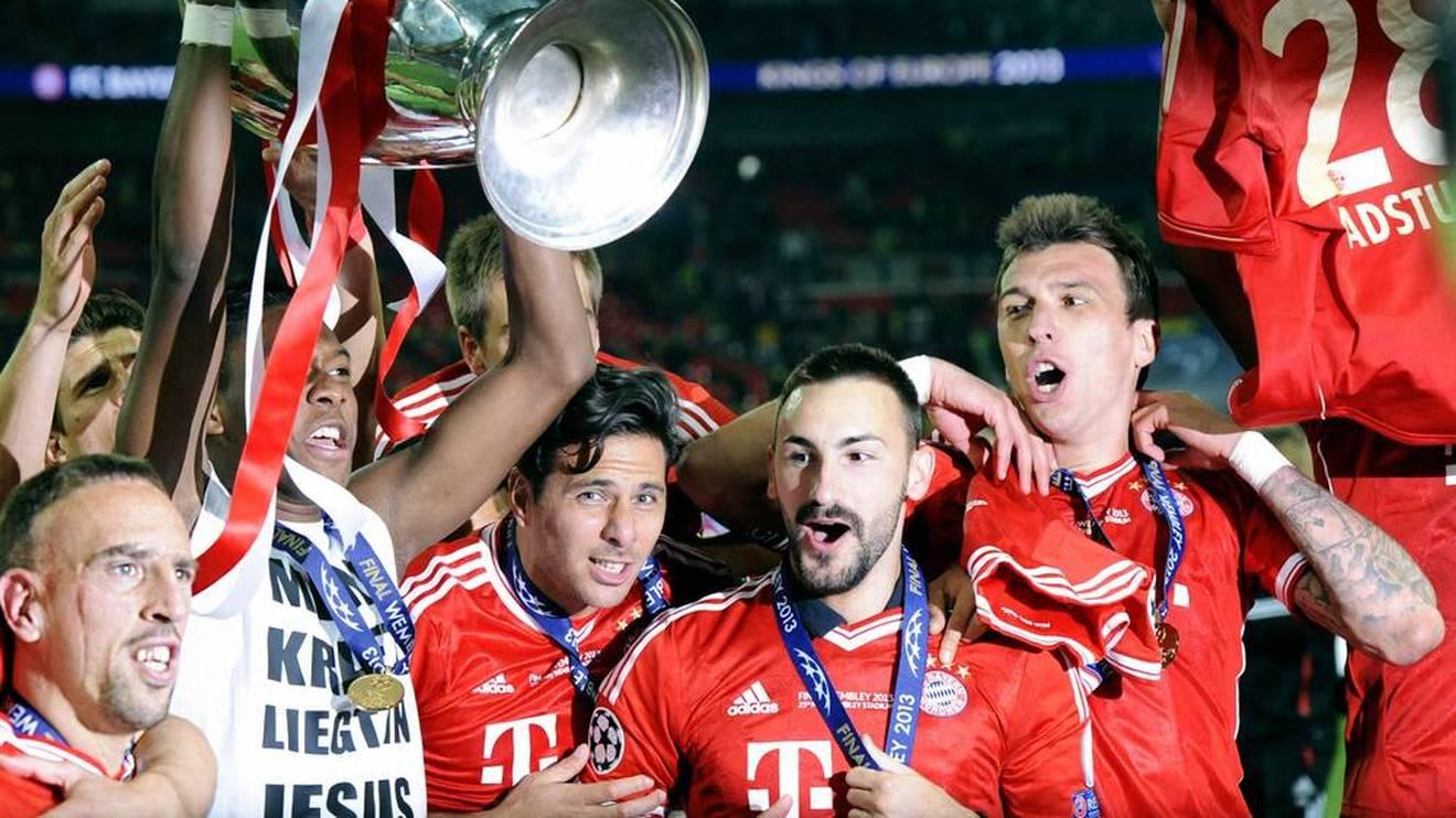 Diego Contento (2. von rechts) gewann mit dem FC Bayern die Champions League