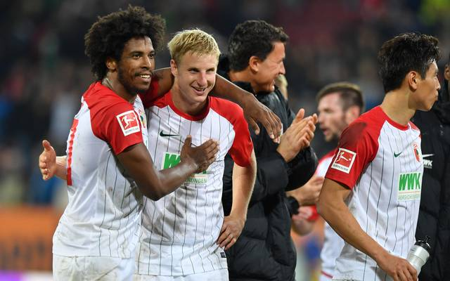 Martin Hinteregger (2.v.l.) wechselte von RB Salzburg zum FC Augsburg