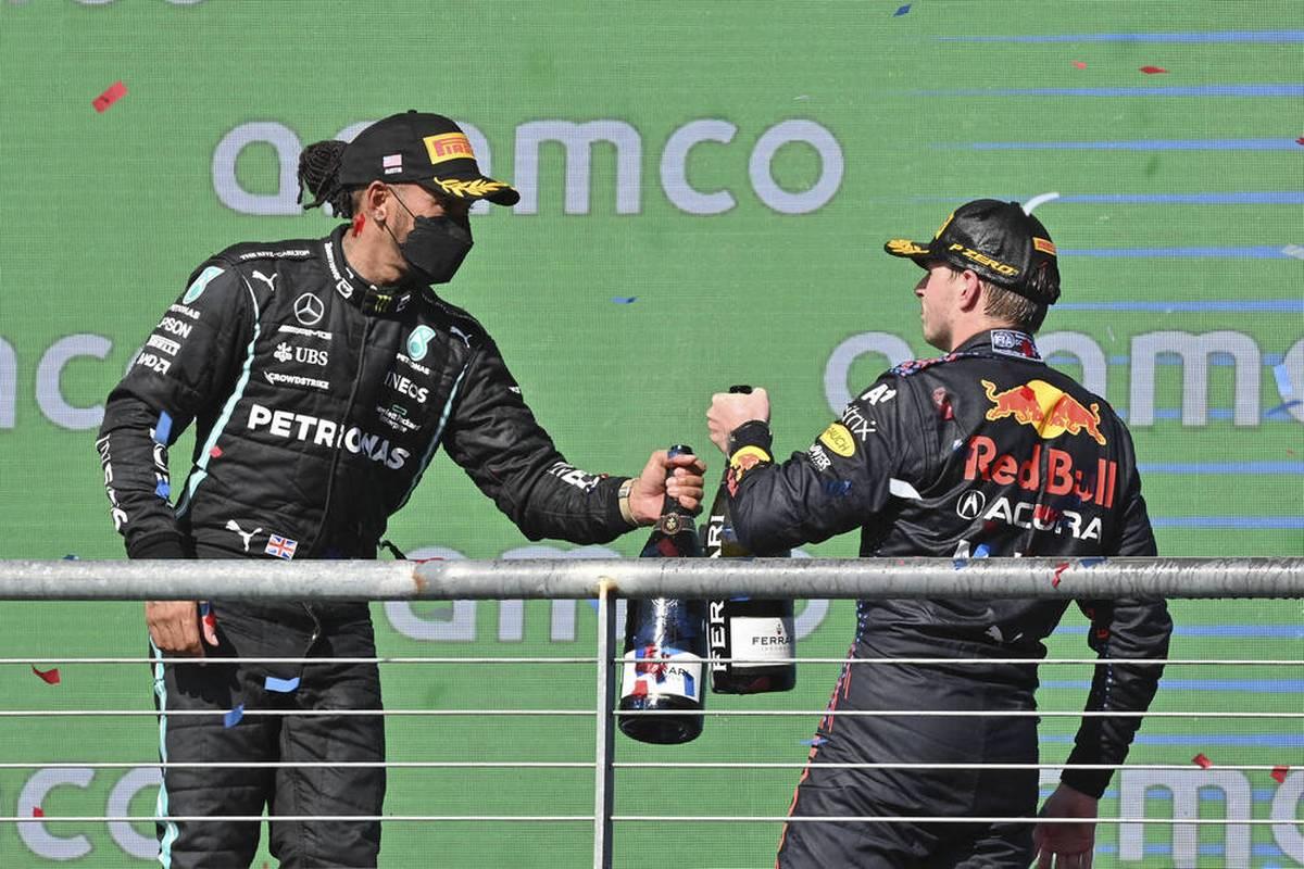 Beim USA-GP zeigen Max Verstappen und Red Bull eine brillante Leistung. Die Presse zeigt sich begeistert vom Niederländer. SPORT1 zeigt die Pressestimmen.