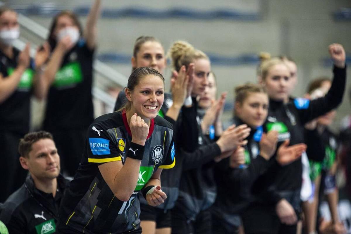 Die deutsche Nationalmannschaft der Frauen startet in die EM-Qualifikation. Die Spiele gegen Griechenland und Belarus sind auch richtungsweisend für die Zukunft der DHB-Frauen.