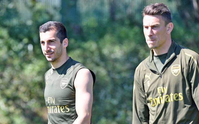 Laurent Koscielny (r.) könnte den FC Arsenal bald verlassen