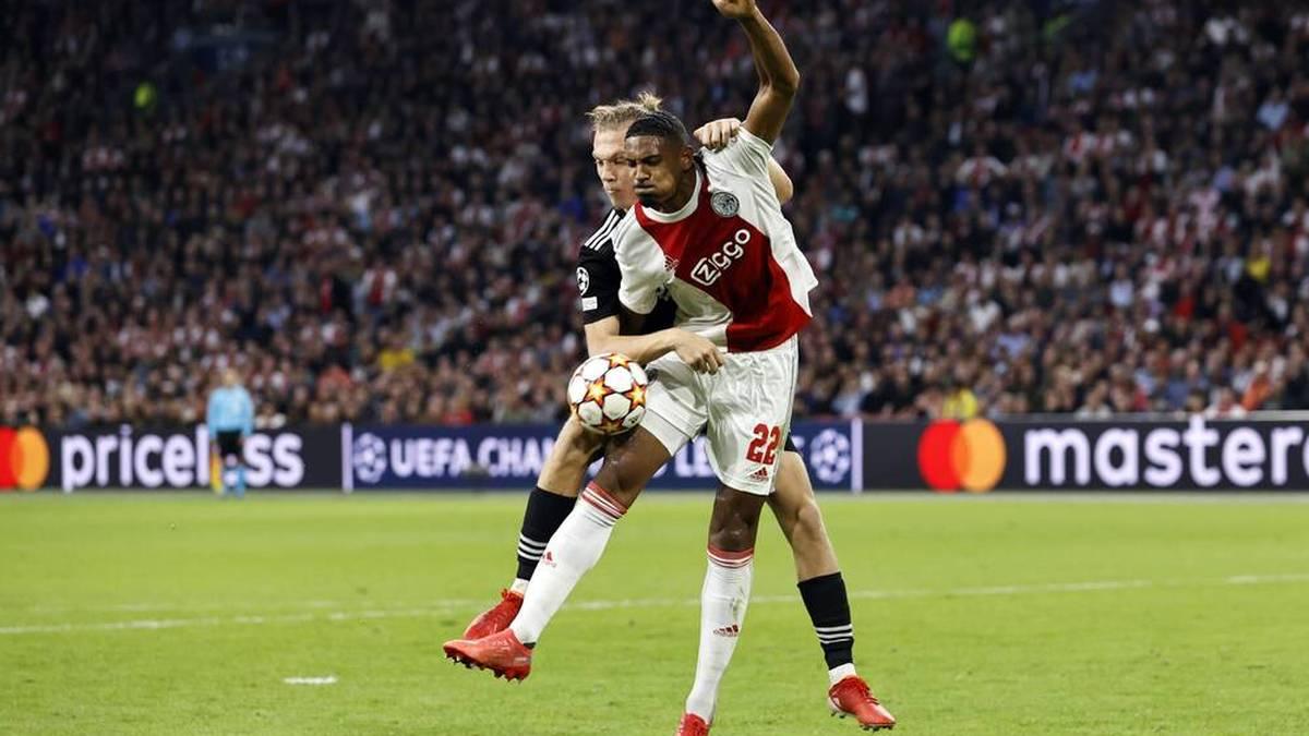Historisch: Sebastien Haller von Ajax Amsterdam besorgte gegen Besiktas Istanbul das 2:0 - und erzielte damit in seinem erst zweiten Champions-League-Spiel bereits seinen fünften Treffer