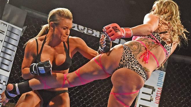 Kämpft Ronda Rousey bald wie Lauren Fogle (l.) und Cali Cat bei der LFC in Dessous?
