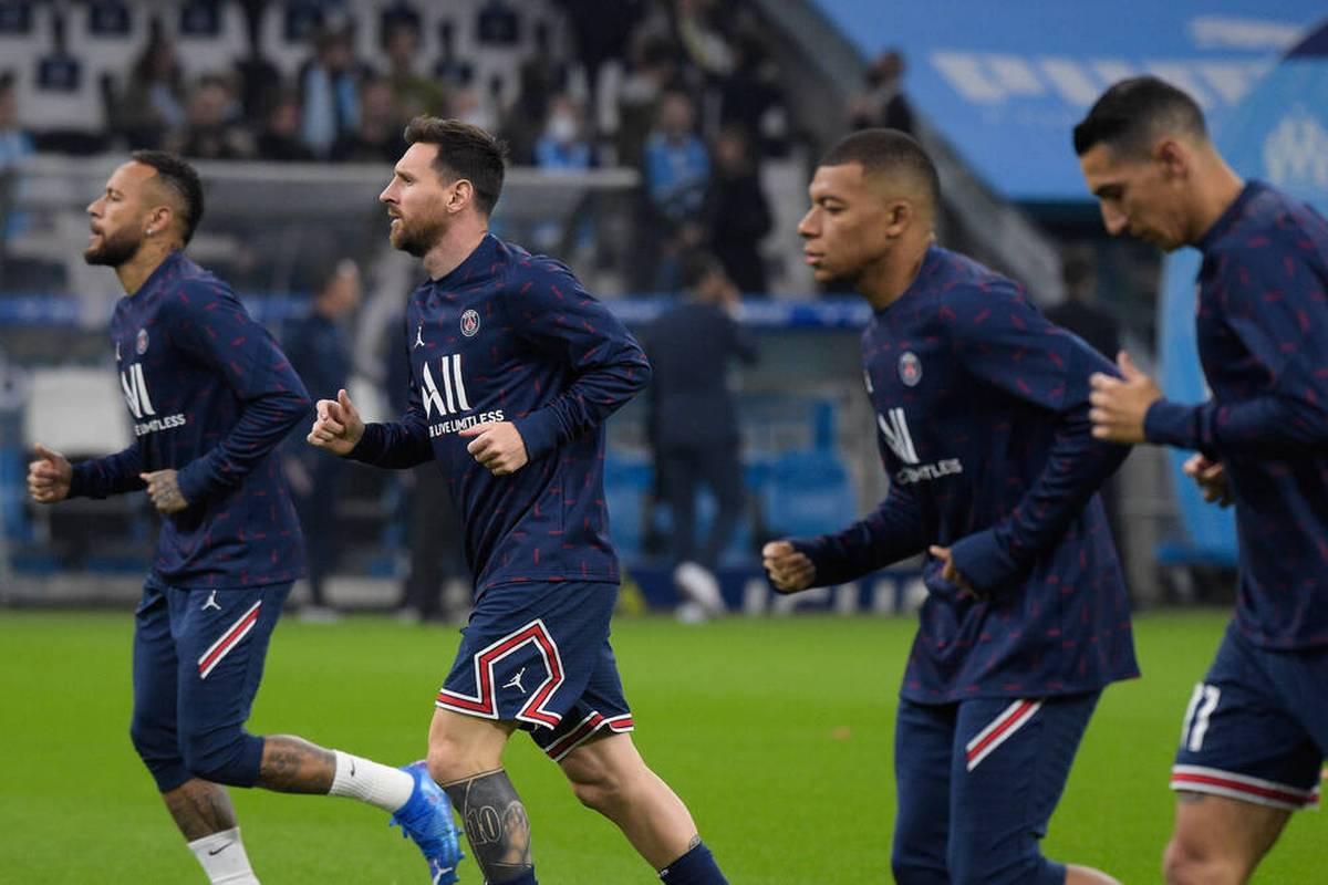 Mbappé, Neymar, Messi und Di María können die Erwartungen noch nicht erfüllen. SPORT1 analysiert, woran es im PSG-Spiel hakt.