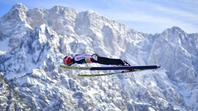 Markus Eisenbichler winkt die Skiflug-Kugel