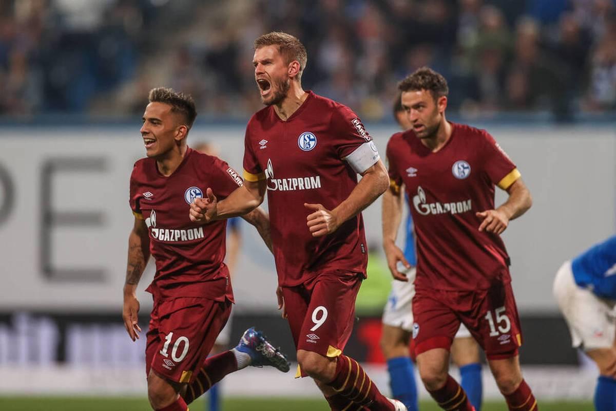 Der FC Schalke 04 demonstriert auch bei Hansa Rostock seine Auswärtsstärke. Simon Terodde ist beim Aufsteiger einmal mehr der Matchwinner.