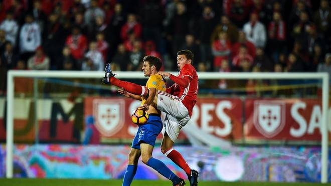 FBL-POR-LIGA-ESTORIL-BENFICA