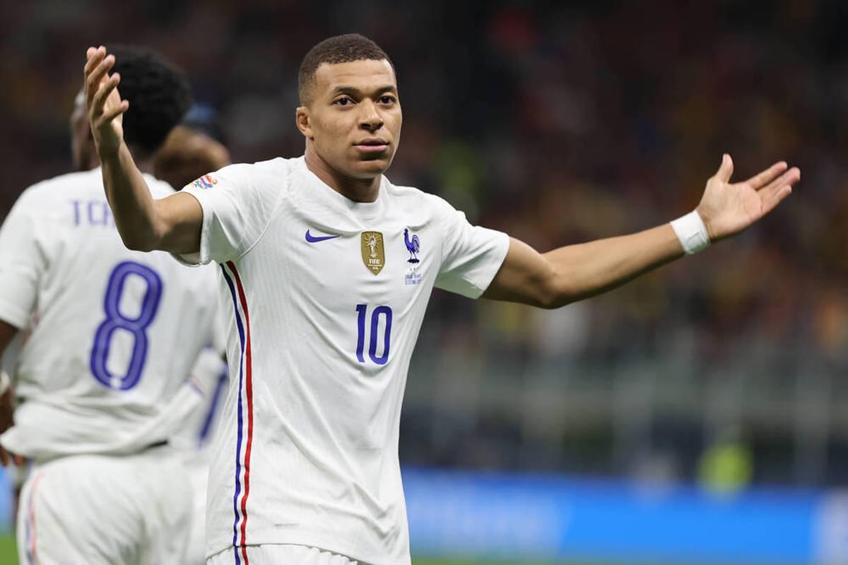 Das Siegtor von Frankreich im Nations League-Finale durch Kylian Mbappé sorgte für große Diskussionen. Nun reagiert der UEFA-Schiriboss.