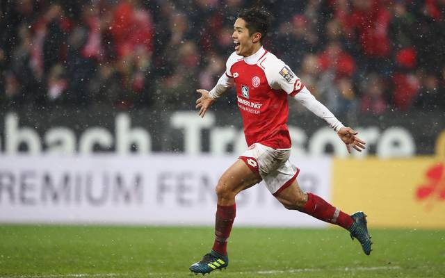 Mainz 05 lässt seinen besten Stürmer ziehen: Yoshinori Muto wechselt in die Premier League