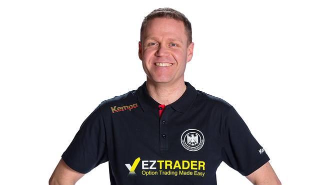 Jakob Vestergaard trainiert die Frauen-Nationalmannschaft