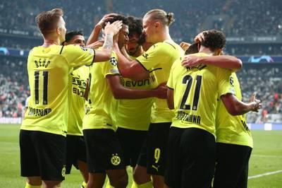 """Der BVB hält sich in der """"Hölle von Istanbul"""" schadlos und feiert den Sieg bei Besiktas. Ein 18-Jähriger macht am Ende den Unterschied."""