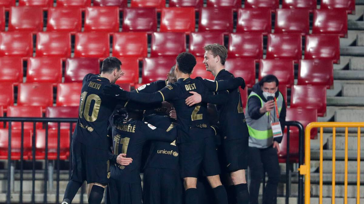 Acht-Tore-Wahnsinn! Barcelona wendet Pokal-Aus ab