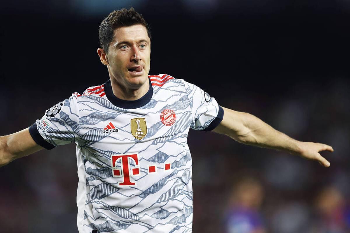 Weltfußballer Robert Lewandowski erzählt von einem Treffen mit dem Boss von Real Madrid - und spricht gleichzeitig Klartext zu seiner Zukunft beim FC Bayern.
