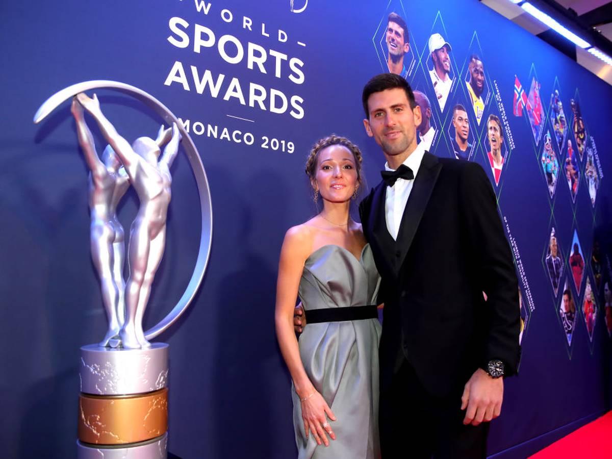 Corona: Jelena Djokovic verbreitet Fake News auf Instagram