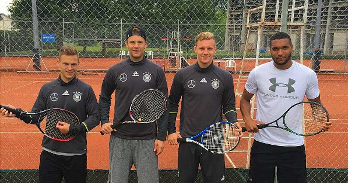 Fahrradtour und Tennis beim DFB-Team: Neuer zieht Kimmich ab