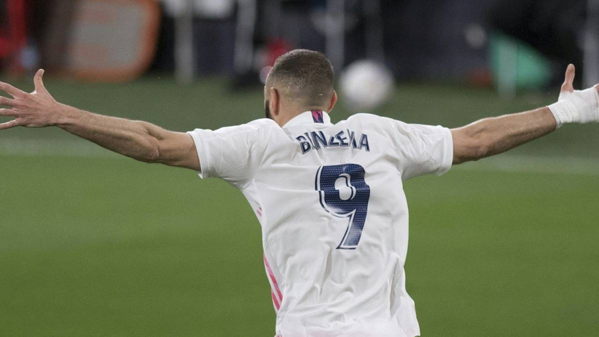 Benzema ballert Real an die Spitze